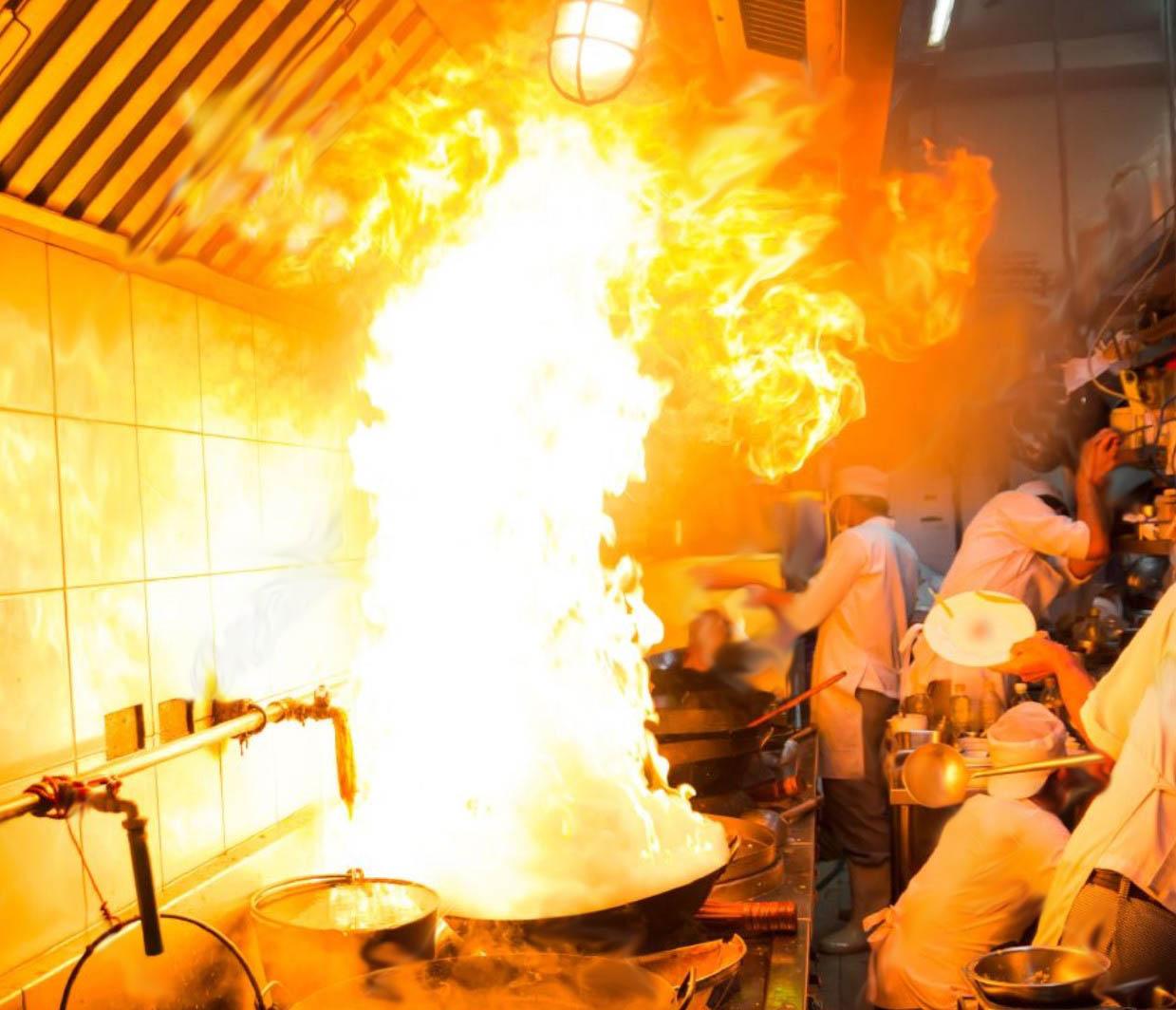 patelnia, okap UV, gastronomia, pożar tłuszczu gorącego, okapy UVC okapy gastronomia i filtry tłuszczu fett, UV-C & ozon